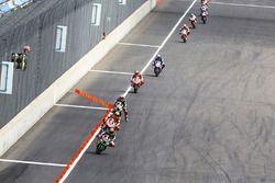 Tom Sykes, Kawasaki Racing mène