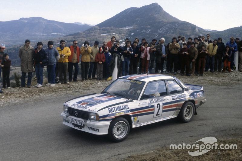 Walter Röhrl, con un Opel Ascona 400 en el Rallye de Montecarlo 1982