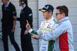 Le vainqueur Kazuki Nakajima, Team Tom's