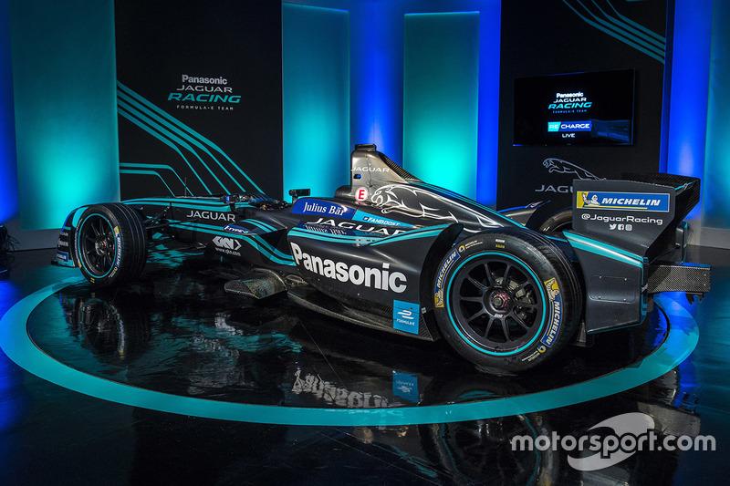 Presentación de la decoración del Jaguar Racing