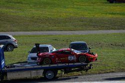 #61 R.Ferri Motorsport Ferrari 488 GT3: Alex Riberas, Kyle Marcelli, incidente