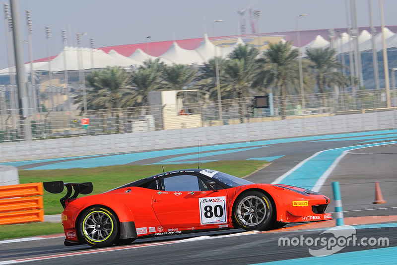 #80 Kessel Racing Ferrari 458 GT3: Deborah Mayer, Sergio Pianezzola, Claudio Schiavoni