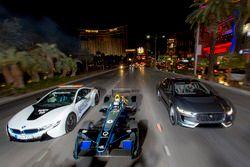 Sam Bird, DS Virgin Racing, lidera a Mitch Evans, Jaguar Racing in a I-Pace SUV concept car. Antonio