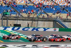 Kyle Busch, Joe Gibbs Racing Toyota, Erik Jones, Joe Gibbs Racing Toyota, Joey Logano, Team Penske F