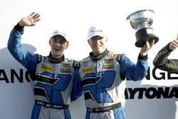 Podyum: 1. #12 Bodymotion Racing Porsche Cayman GT4: Cameron Cassels, Trent Hindman