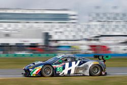 #51 Spirit of Race, Ferrari 488 GT3: Peter Mann, Maurizio Mediani, Alessandro Pier Guidi, Davide Rig