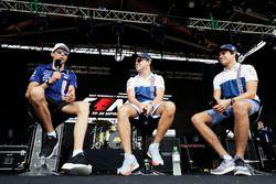 Esteban Ocon, Force India, Felipe Massa, Williams, Lance Stroll, Williams, en el escenario de la F1