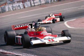 James Hunt, McLaren M23, Jochen Mass, McLaren M23