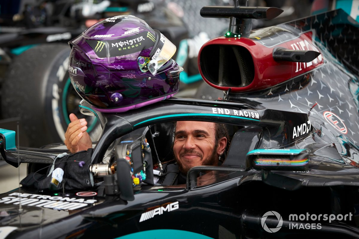 Lewis Hamilton, Mercedes-AMG Petronas F1, celebrates victory in parc ferme