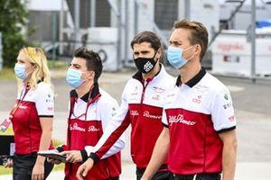 Antonio Giovinazzi, Alfa Romeo cammina sul tracciato