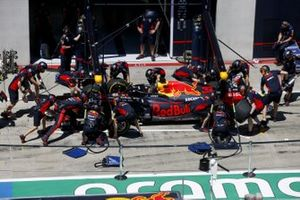 Red Bull pit stop antrenmanı, Max Verstappen, Red Bull Racing RB16
