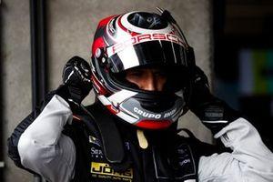 #88 Proton Competition Porsche 911 RSR: Ricardo Sanchez