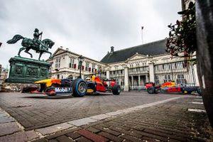 Max Verstappen and Alexander Albon, Red Bull Racing