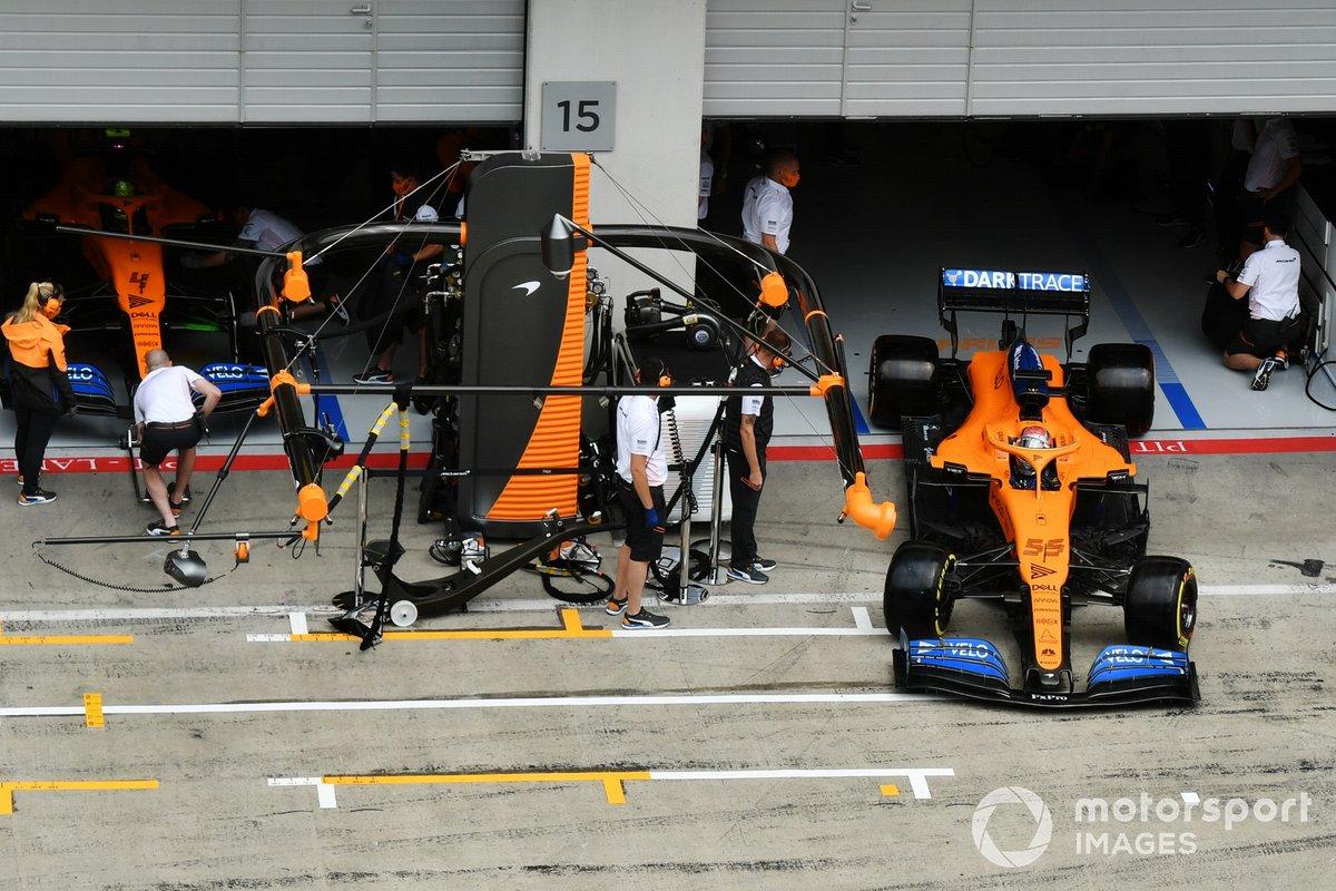 Carlos Sainz Jr., McLaren MCL35,