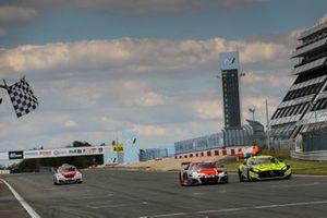 #29 Audi Sport Team Audi R8 LMS GT3: Kelvin Van Der Linde, Christopher Mies, Mattia Drudi