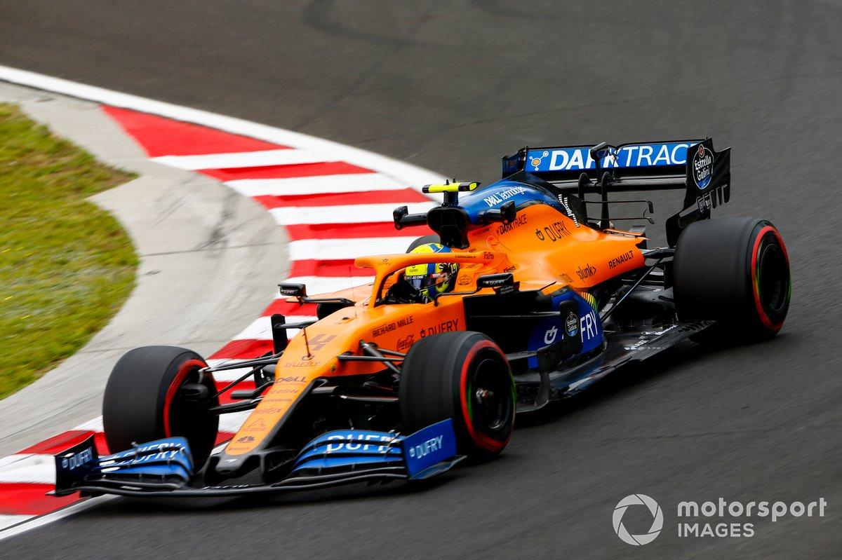 Ландо Норрис за рулем McLaren MCL35