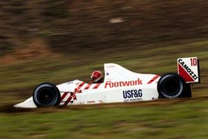 Alex Caffi, Arrows A11B Ford, al GP del Brasile del 1990
