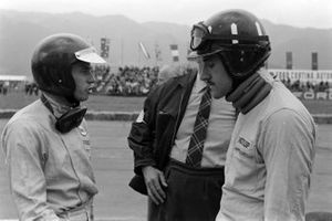 Graham Hill, BRM with Jim Clark, Lotus