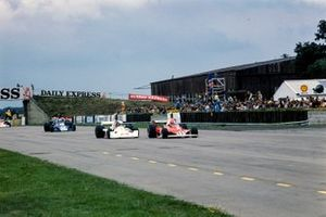Niki Lauda, Ferrari 312T, James Hunt, Hesketh Ford 308, Jody Scheckter, Tyrrell 007