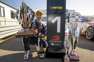 Race 3 winner Jamie Whincup, Triple Eight Race Engineering Holden