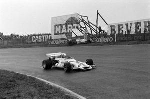 Pedro Rodriguez, BRM P160, Chris Amon, Matra MS120B