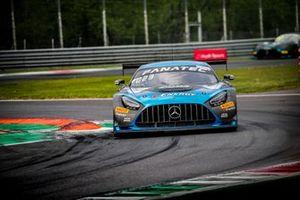 #87 AKKA ASP Mercedes-AMG GT3: Thomas Drouet, Konstantin Tereschenko, Simon Gachet