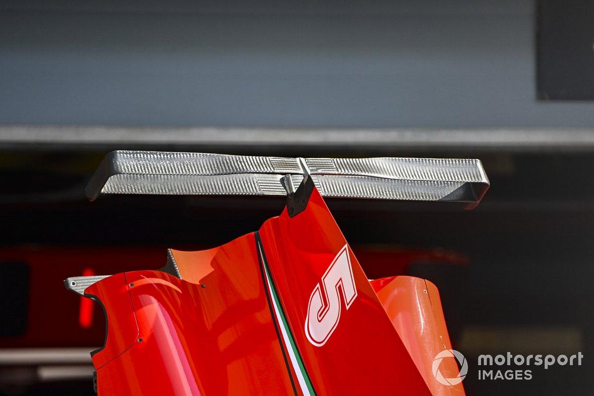 Detalle de la carrocería del Ferrari