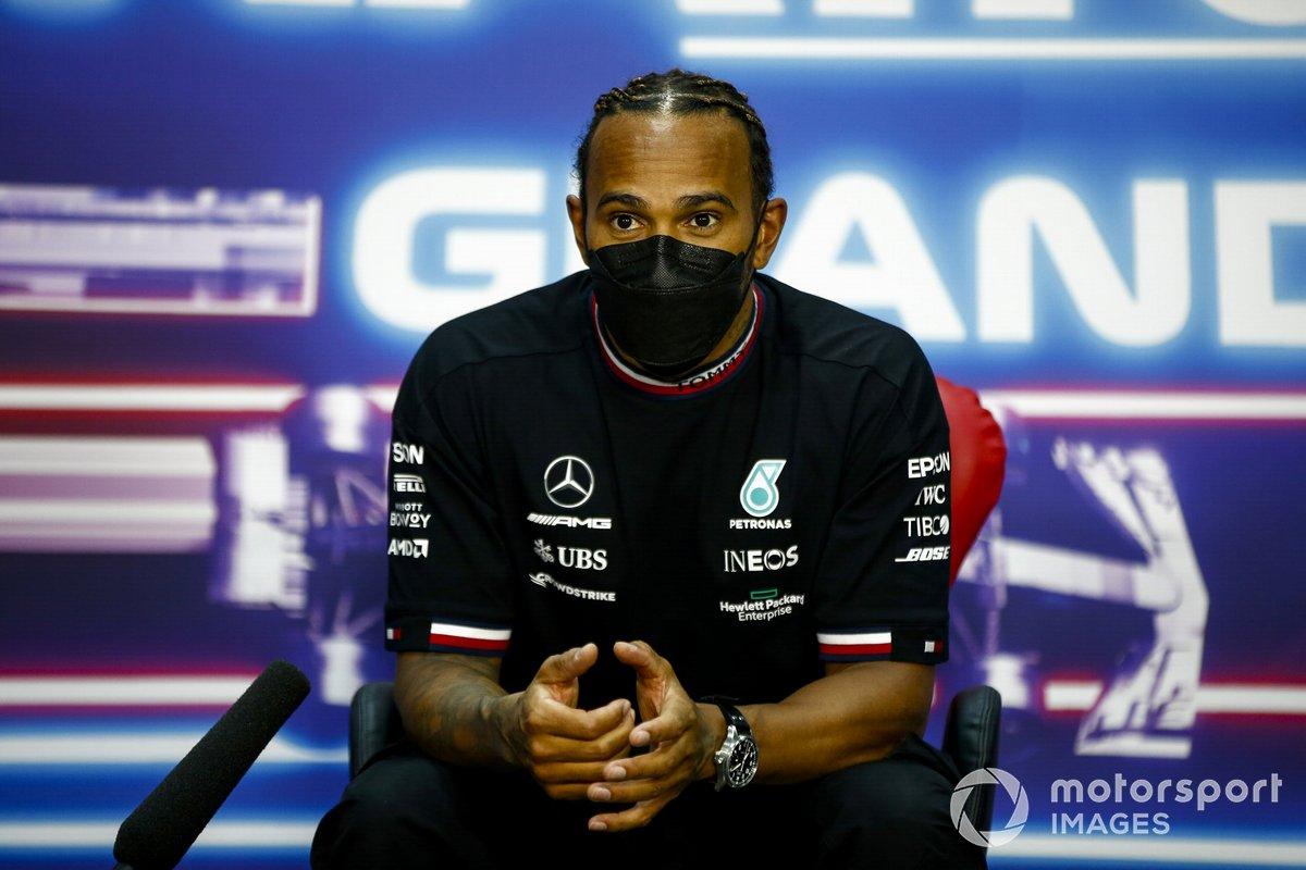 Il vincitore Lewis Hamilton, Mercedes in conferenza stampa