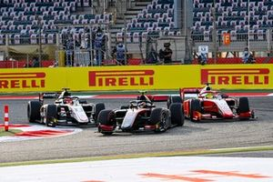 Callum Ilott, UNI-Virtuosi, Marcus Armstrong, ART Grand Prix and Mick Schumacher, Prema Racing