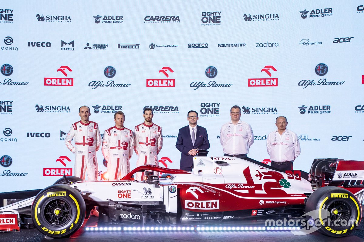 Antonio Giovinazzi, Kimi Raikkonen, Robert Kubica, Alfa Romeo Racing, Antonio Giovinazzi, Kimi Raikkonen, Robert Kubica, Alfa Romeo Racing, Daniel Obajtek, PKN Orlen/CEO, Frédéric Vasseur, Team Principal, Jan Monchaux, Direttore tecnico
