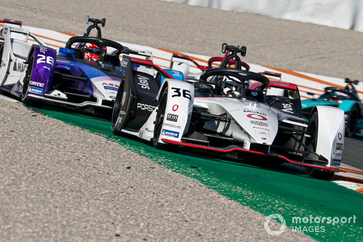 Andre Lotterer, Tag Heuer Porsche, Porsche 99X Electric, Maximilian Gunther, BMW I Andretti Motorsports, BMW iFE.21