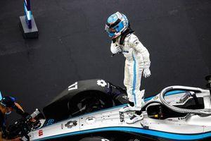 Nyck de Vries, Mercedes-Benz EQ, EQ Silver Arrow 02 festeggio la vittoria nel Parc Ferme