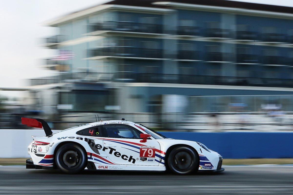 #79: WeatherTech Racing Porsche 911 RSR - 19, GTLM: Cooper MacNeil, Mathieu Jaminet, Matt Campbell