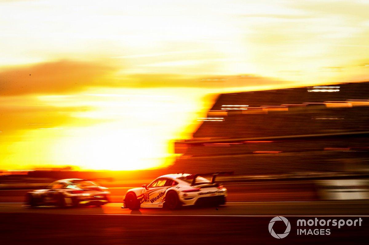 #79: WeatherTech Racing Porsche 911 RSR - 19, GTLM: Cooper MacNeil, Gianmaria Bruni, Richard Lietz, Kevin Estre