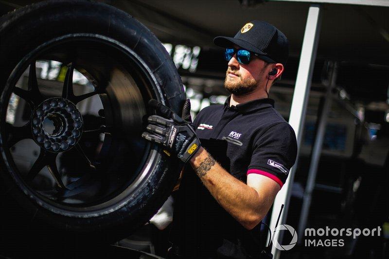 Team Porsche crew member