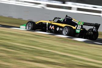 Caio Collet en la Toyota Racing Series