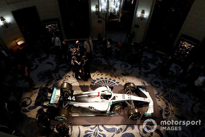 Sir Jim Ratcliffe Presidente e Amministratore Delegato e Toto Wolff, Team Principal, Mercedes AMG