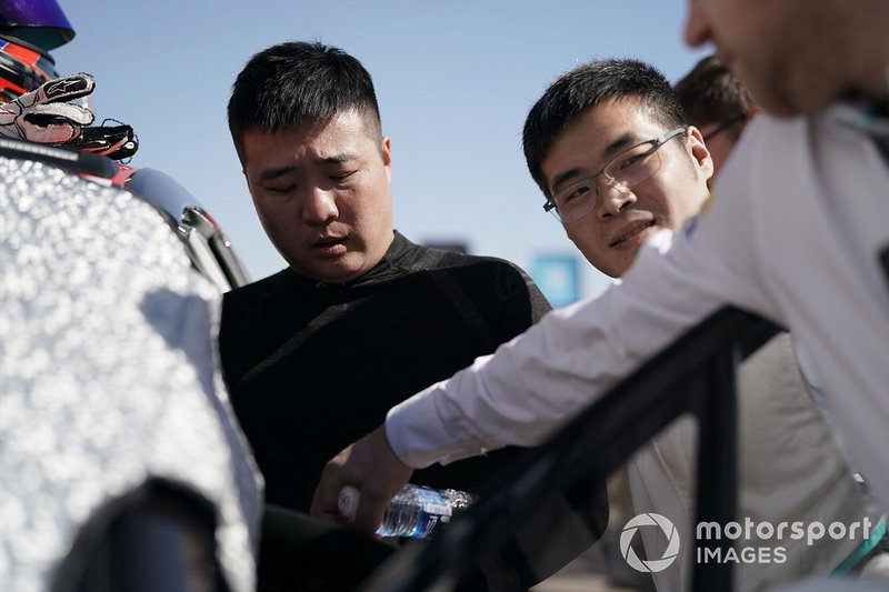 Sun Chao, Jaguar China Racing, Zhang Yaqi, Jaguar China Racing on the grid