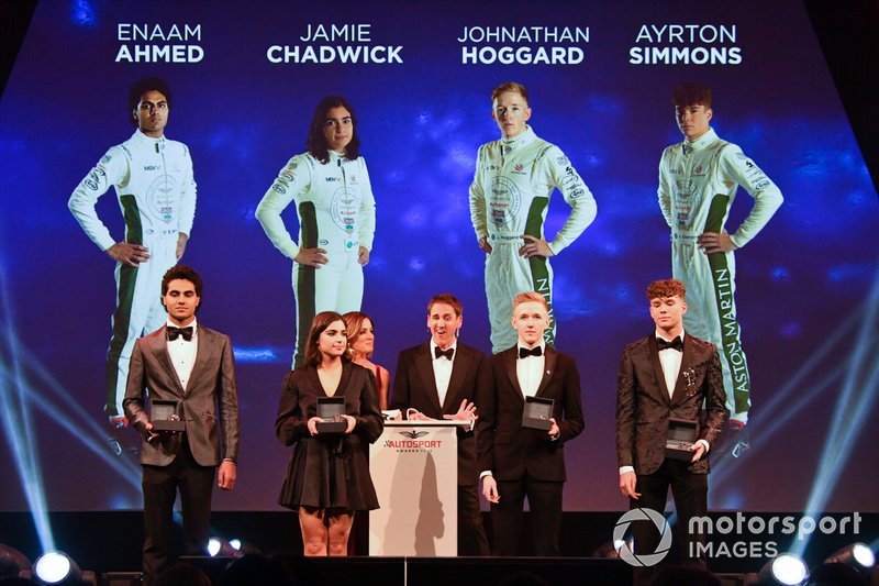 Los nominados a BRDC Racing Driver of the Year Enaam Ahmed, Jamie Chadwick, Jonathan Hoggard y Ayrton Simmons