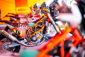 Мотоцикл KTM 450 Rally (№16) Лусиано Бенавидеса, Red Bull KTM Factory Team