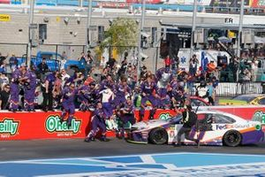 Race Winner Denny Hamlin, Joe Gibbs Racing, Toyota Camry FedEx Ground