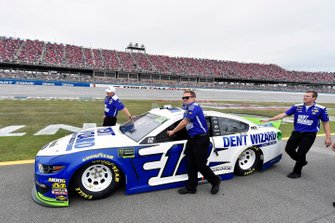 Ryan Blaney, Team Penske, Ford Mustang Dent Wizard