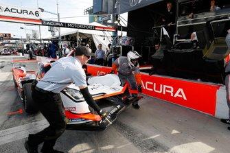 #6 Acura Team Penske Acura DPi, DPi: Juan Pablo Montoya, Dane Cameron, Simon Pagenaud, crew