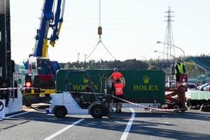 Rolex branding being reinstalled after Typhoon Hagibis