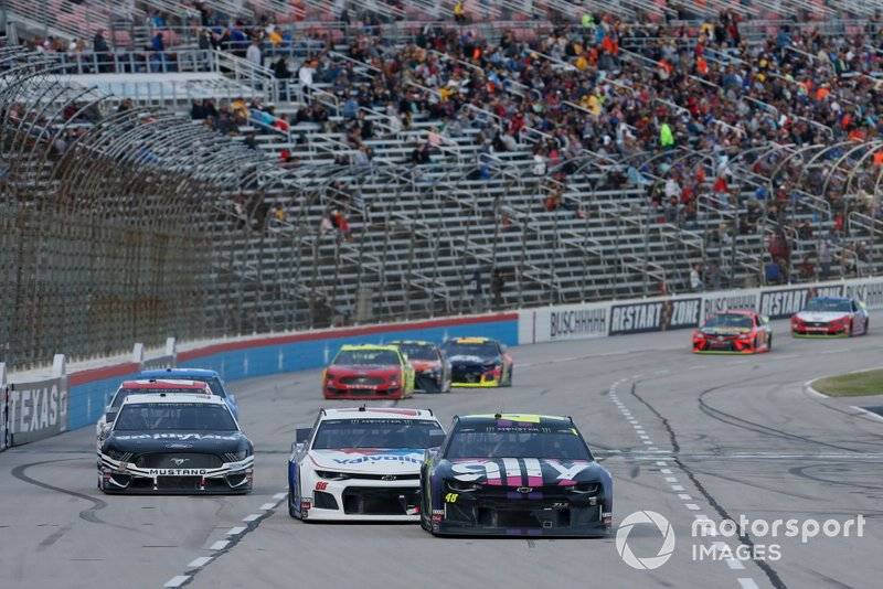 Jimmie Johnson, Hendrick Motorsports, Chevrolet Camaro Ally Fueling Futures, Alex Bowman, Hendrick Motorsports, Chevrolet Camaro Valvoline