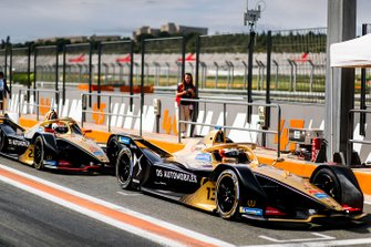 Antonio Felix da Costa, DS Techeetah, DS E-Tense FE20 ahead of Jean-Eric Vergne, DS TECHEETAH, DS E-Tense FE20 in the pit lane