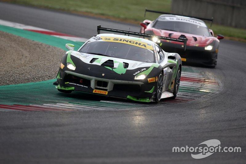#128 Ferrari 488 Challenge, Gohm Motorsport: Christian Kinch