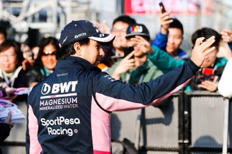 Sergio Perez, Racing Point waves to fans