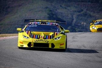 #88 ARC Bratislava Lamborghini Huracan Super Trofeo 2015: Miroslav Konopka, Andrzej Lewandowski, Zdeno Mikulasko