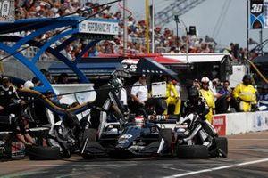 Ed Jones, Ed Carpenter Racing Chevrolet, pit stop